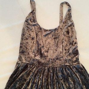 Volcom Dresses - Volcom X Georgia May Jagger Crushed Velvet Dress